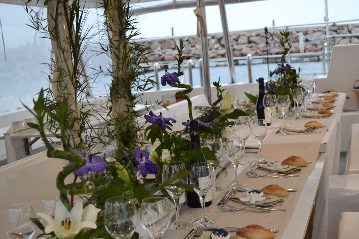 groupes de particuliers et entreprises catamaran navivoile repas mariage canet en roussillon