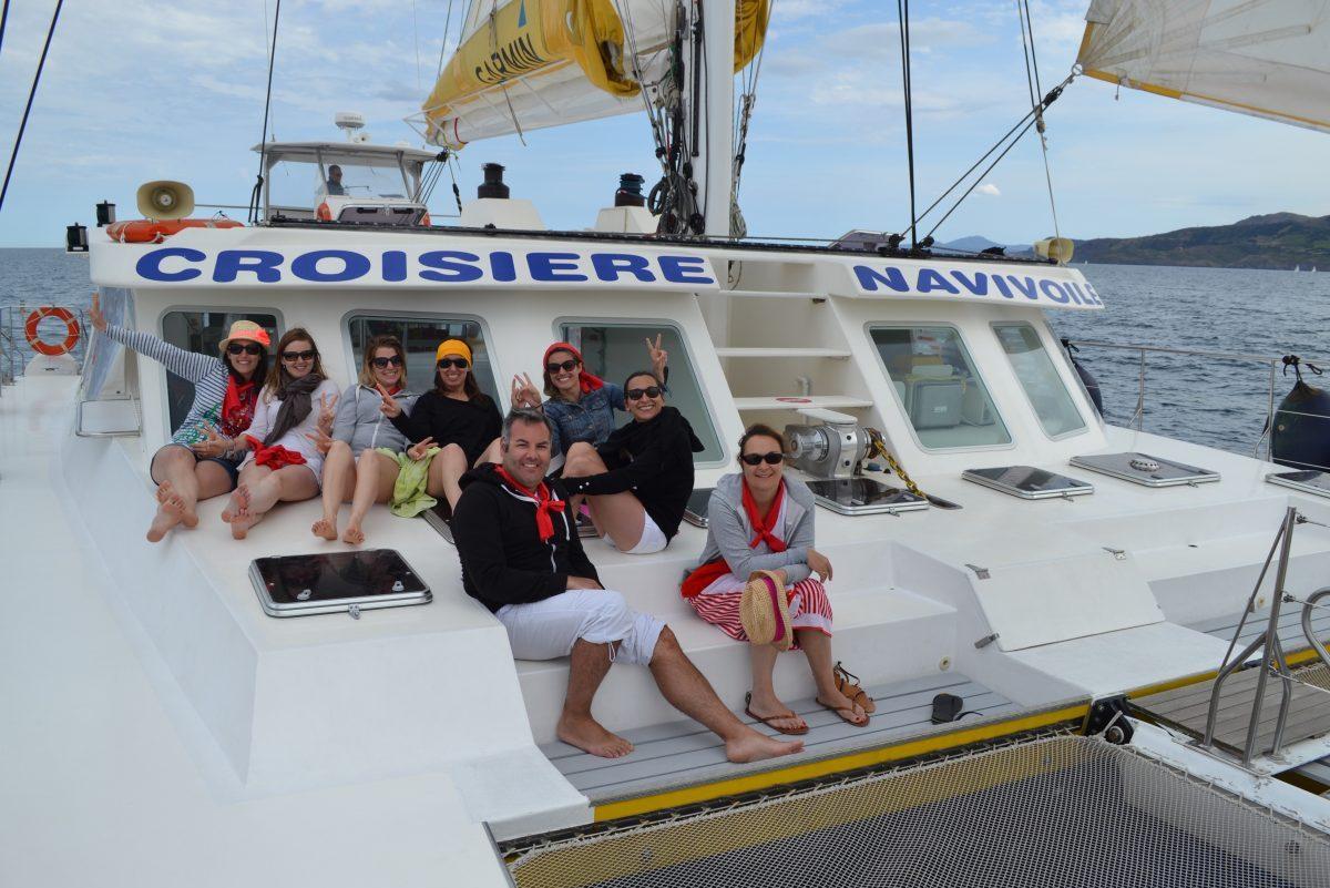 groupes de particuliers et entreprises EVJF catamaran navivoile canet en roussillon