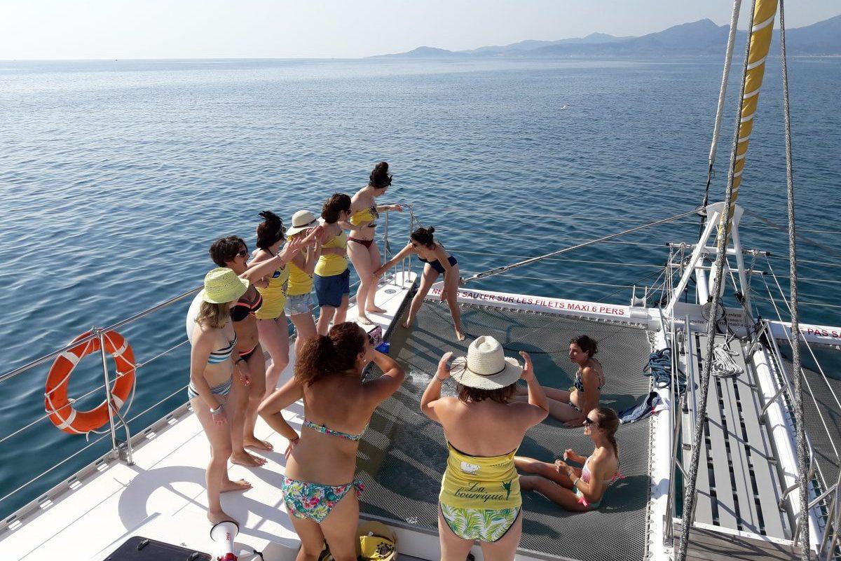 groupes de particuliers et entreprises EVJF catamaran navivoile collioure