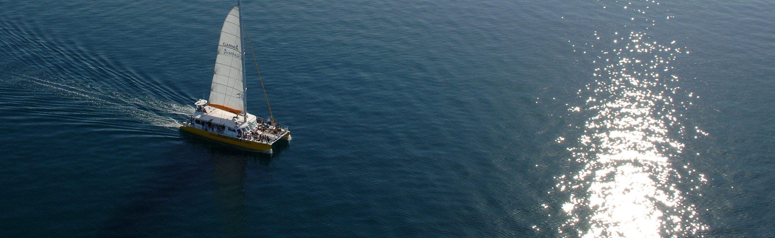 catamaran navivoile excursion en bateau au depart de canet en roussillon ou port vendres