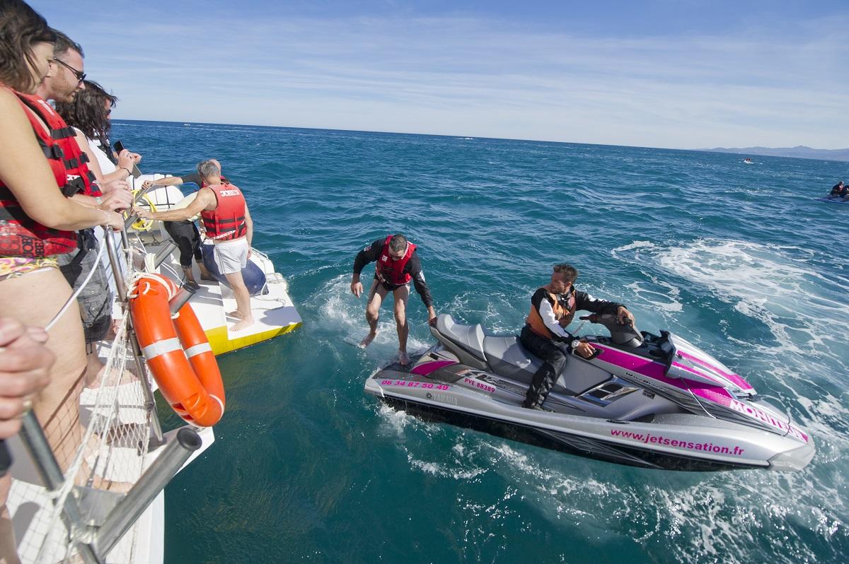 catamaran navivoile tarifs groupe agence bateau privatise au depart de canet en roussillon ou port vendres dans les pyrenees orientales activite jet