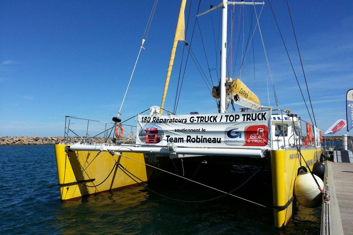 catamaran navivoile tarifs groupe agence bateau privatise au depart de canet en roussillon ou port vendres dans les pyrenees orientales avant depart du seminaire du port