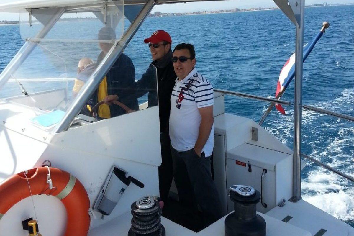 catamaran navivoile tarifs groupe agence bateau privatise au depart de canet en roussillon ou port vendres dans les pyrenees orientales explications du capitaine