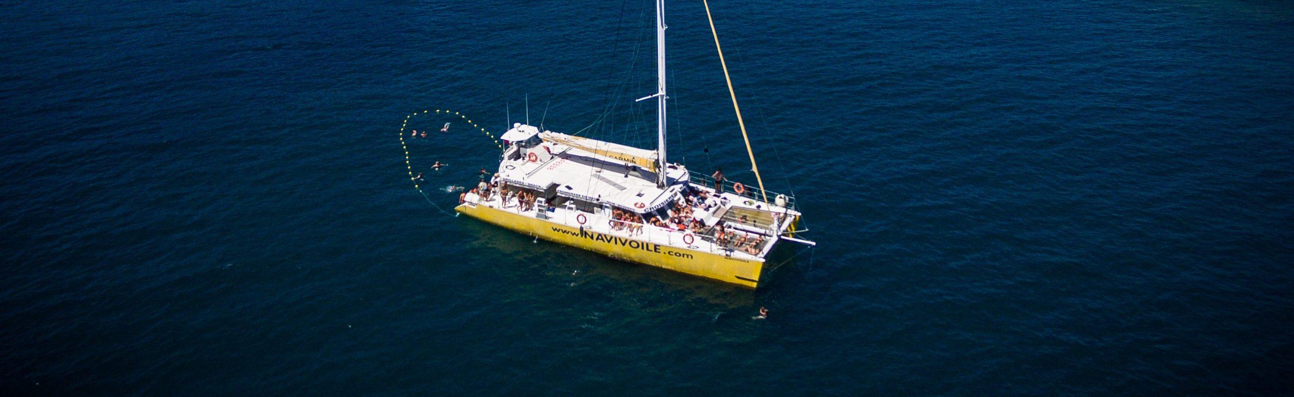catamaran navivoile bon cadeau grillade et baignade sur le bateau baie de paulilles au départ de Port Vendres