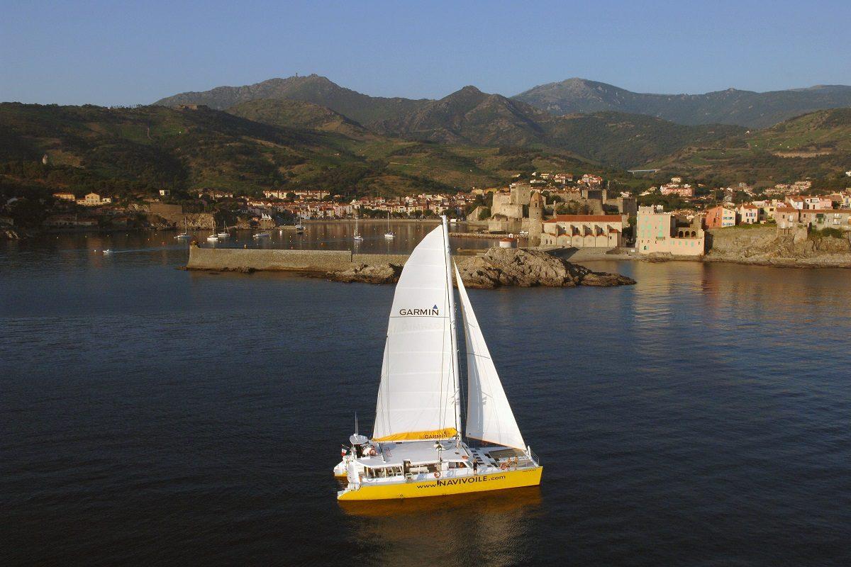 catamaran navivoile bon cadeau littoral sans escale au départ de canet en roussillon ou port vendres