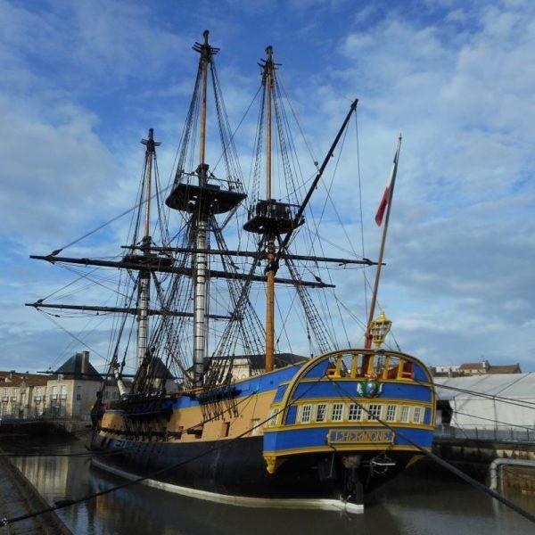 catamaran navivoile escale de l'hermione à port vendres