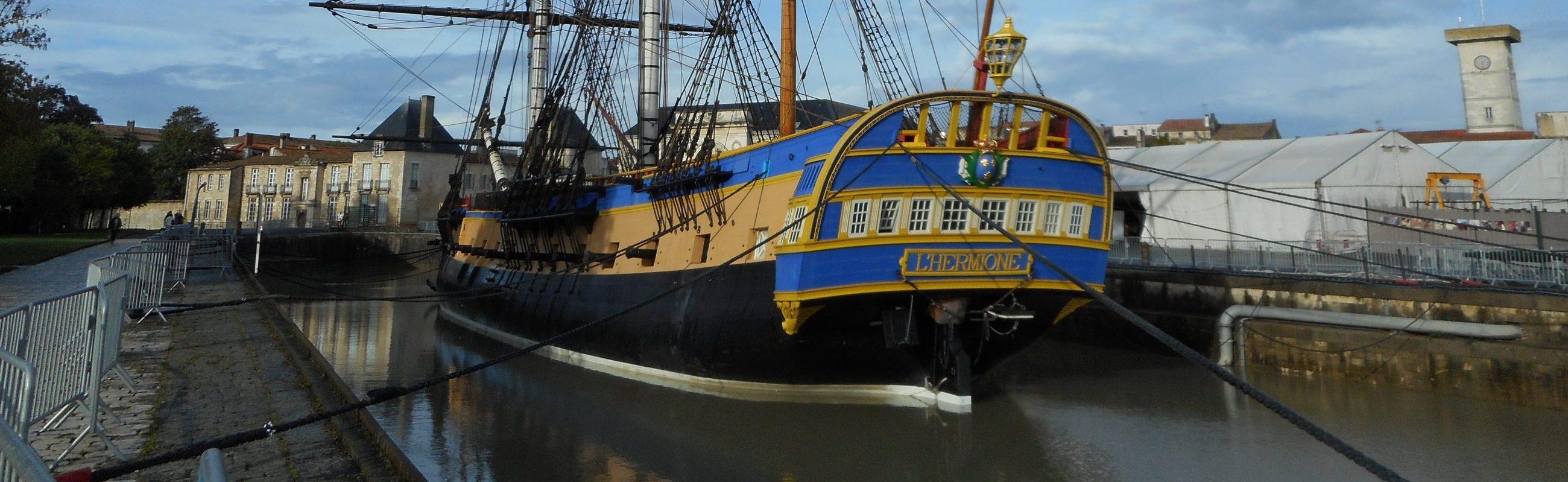 escale-fregate-hermione-a-port-vendres_catamaran-navivoile